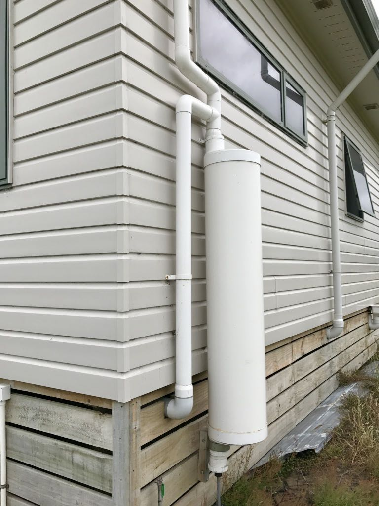 The first flush diverter connected to the downpipe captures dirt and debris, keeping it out of the rainwater tank.